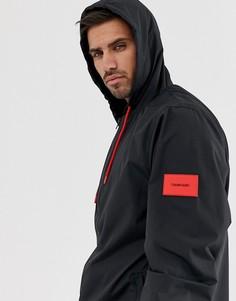 Черная пляжная ветровка с нашивкой Calvin Klein - Черный