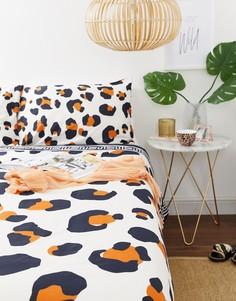 Комплект постельного белья для двуспальной кровати с леопардовым принтом River Island - Розовый
