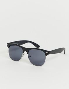 Солнцезащитные очки в черной оправе New Look - Черный
