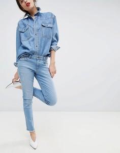 Укороченные потертые эластичные джинсы Esprit - Синий