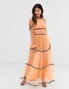 Платье макси абрикосового цвета с открытыми плечами и контрастной отделкой True Decadence Premium - Розовый