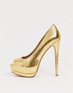 Золотистые туфли на высоком каблуке и платформе со змеиным принтом ASOS DESIGN Playful - Золотой