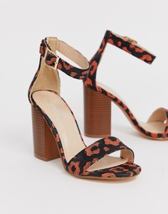 Босоножки на каблуке с квадратным носком и леопардовым рисунком Glamorous - Оранжевый
