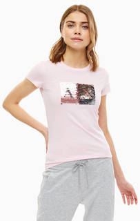 Розовая футболка с отделкой пайетками Armani Exchange