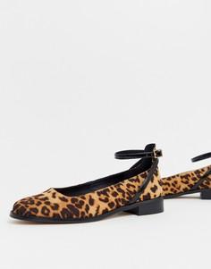 Туфли на плоской подошве с леопардовым принтом ASOS DESIGN Molly - Мульти