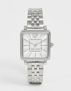 3dd843ee21df Серебристые женские часы с квадратным циферблатом Marc Jacobs MJ3461 -  Серебряный