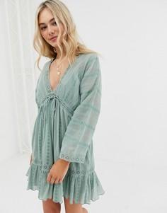 Свободное платье мини с кружевной вставкой и шнуровкой ASOS DESIGN - Зеленый