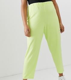 Креповые зауженные брюки ASOS DESIGN Curve - Зеленый