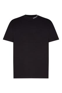 Черная футболка с высоким вырезом Calvin Klein
