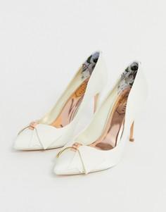 Туфли-лодочки цвета слоновой кости на каблуке с атласным бантом Ted Baker - Белый