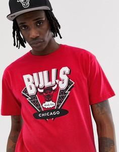Красная футболка с принтом на груди Mitchell & Ness Chicago Bulls - Красный