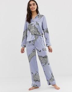 Атласная пижама с брюками и анималистичным принтом ASOS DESIGN - Синий