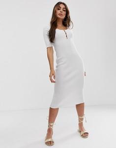 Платье миди с короткими рукавами, овальным вырезом и пуговицами ASOS DESIGN - Кремовый