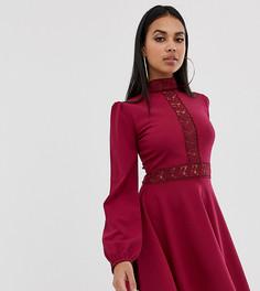 Бордовое короткое приталенное платье с кружевными вставками PrettyLittleThing - Красный