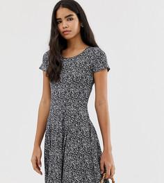 Платье-трапеция с темным цветочным принтом Pimkie - Черный