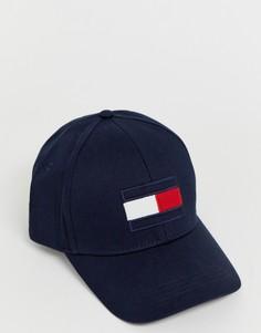 Темно-синяя бейсболка с крупным логотипом в виде флага Tommy Hilfiger - Темно-синий