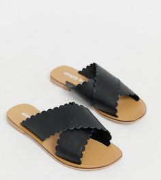 Черные кожаные шлепанцы с фигурными кромками Simply Be extra wide fit - Черный