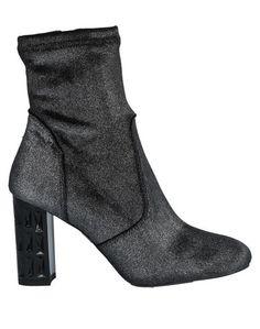 Полусапоги и высокие ботинки Todai