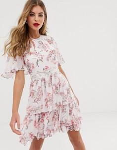 Ярусное приталенное платье мини с рукавами-кейп и цветочным принтом Forever New - Мульти