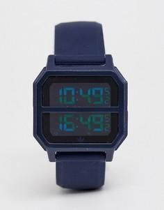 Цифровые часы с темно-синим силиконовым ремешком adidas - R2 Archive - Темно-синий