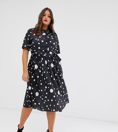 Платье-рубашка миди в горошек с плиссированной юбкой и поясом ASOS DESIGN Curve - Мульти