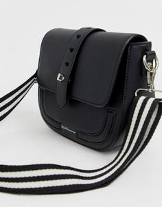Черная сумка через плечо с клапаном BCBGeneration - Черный