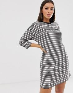 Платье-футболка в полоску с надписью Missguided - Мульти
