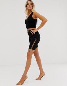 Джинсовые шорты-леггинсы со шнуровкой по бокам In The Style - Черный