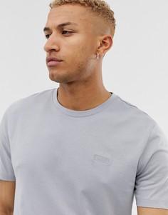 Серая футболка с вышитым логотипом на груди HUGO Dero - Серый