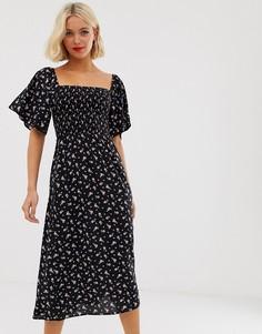 Черное платье миди со сборками и мелким цветочным принтом New Look - Черный