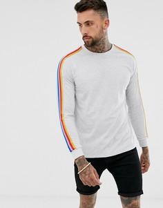 Белый меланжевый свободный лонгслив с контрастной отделкой разноцветной лентой ASOS DESIGN - Белый