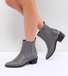 Ботинки на каблуке в стиле вестерн Missguided - Серый