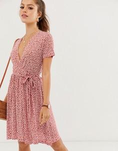 Платье с запахом и цветочным принтом French Connection - Красный