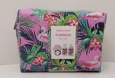 Подарочный набор Country Fresh Flamingo Гель для душа, 120 мл + лосьон для тела, 120 мл + скраб для тела, 50 мл + мочалка, 00822