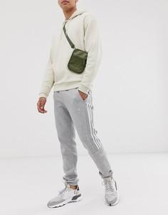 Серые джоггеры с принтом логотипа adidas Originals - Серый