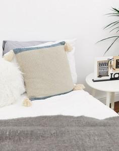 Подушка с отделкой кисточками по углам Bloomingville - Мульти
