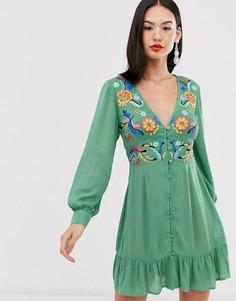 Платье мини на пуговицах с вышивкой ASOS DESIGN - Зеленый