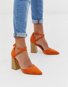 Оранжевые туфли на наборном каблуке RAID Aubrey