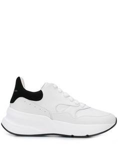 Alexander McQueen массивные кроссовки Runner