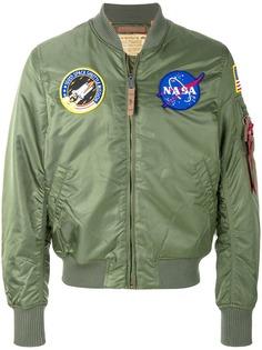 Alpha Industries куртка бомбер с нашивками