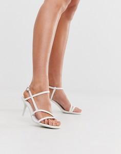 Белые босоножки на низком каблуке New Look - Белый