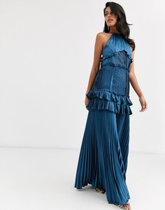 Темно-синее ярусное платье макси с оборками и вырезом халтер True Decadence - Темно-синий