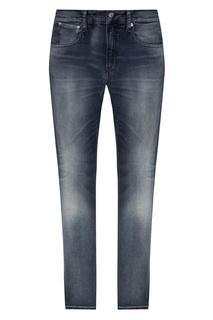 Серо-голубые зауженные джинсы с потертостями Calvin Klein