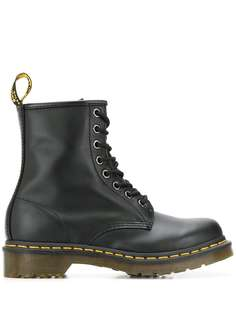 Dr. Martens ботинки 1460 на шнуровке