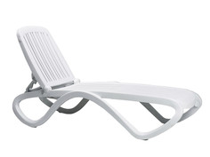 Шезлонг-лежак пластиковый Nardi Tropico