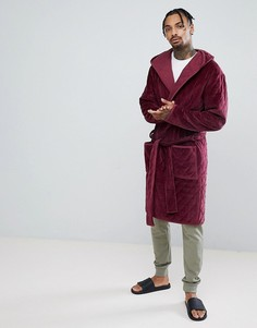 Стеганый велюровый халат с капюшоном ASOS-Красный