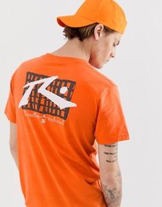 Оранжевая футболка с принтом Rusty-Черный