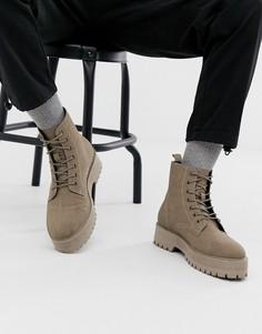 Светло-бежевые ботинки из искусственной замши на массивной подошве со шнуровкой ASOS DESIGN-Светло-бежевый