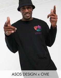 Oversize футболка с длинными рукавами и принтом ASOS DESIGN x Ovie-Черный