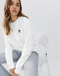 Белый свитшот с круглым вырезом adidas Originals Essential